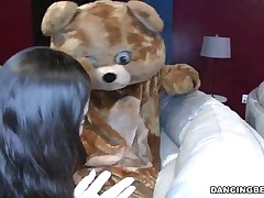 Bachelorette Party Goes Crazy For the Bear!