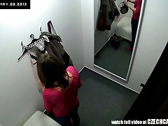 Beautiful Czech Teen Snooped in Changing Room!